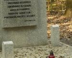 Nowa mogiła pomordowanych w piotrowickim lesie