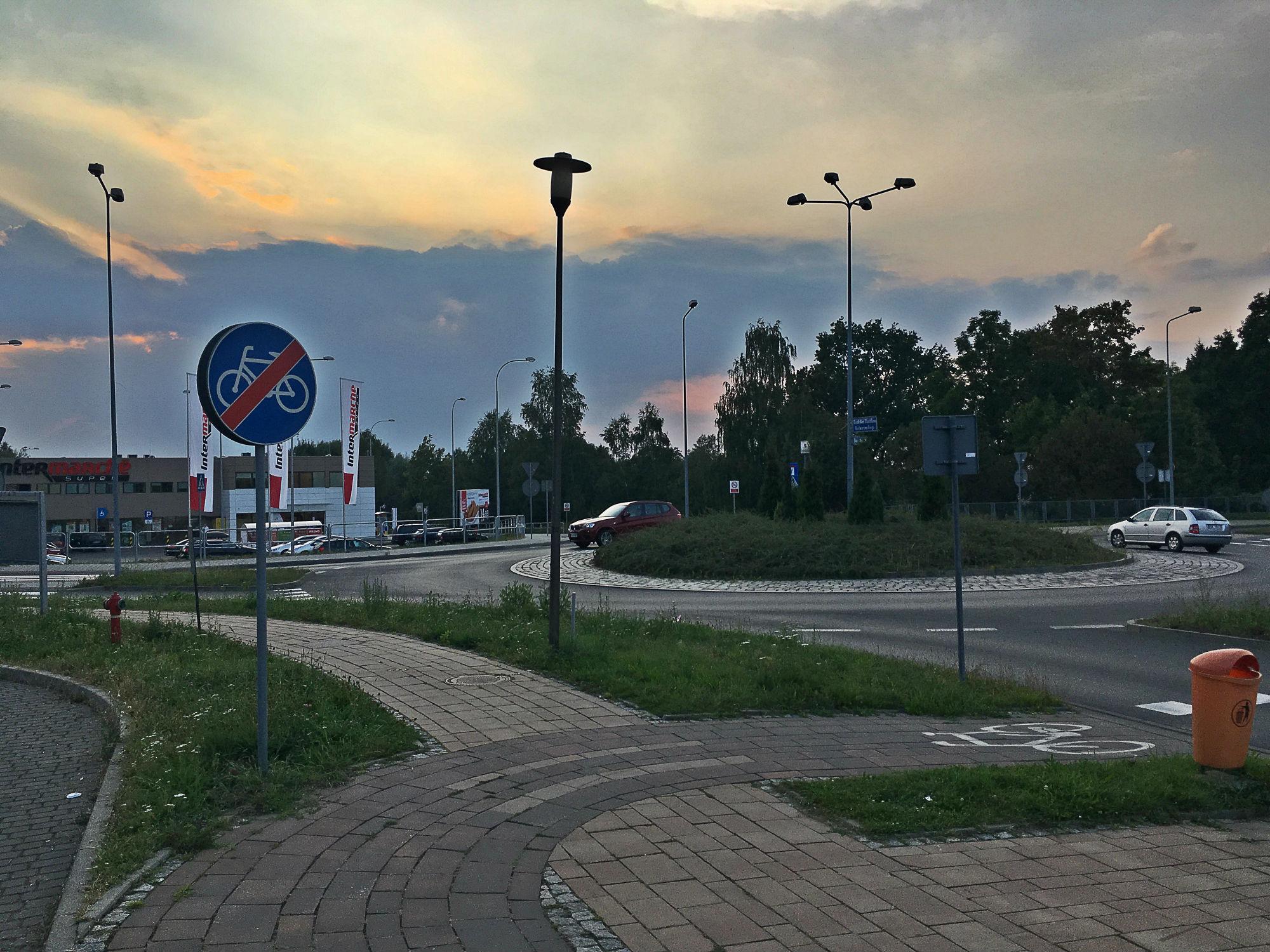 łącznik Między Wilczewskiego I Armii Krajowej Katowice Piotrowice