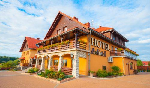 Pokoje w hotelach, pensjonatach czy motelach w podróży służbowej?